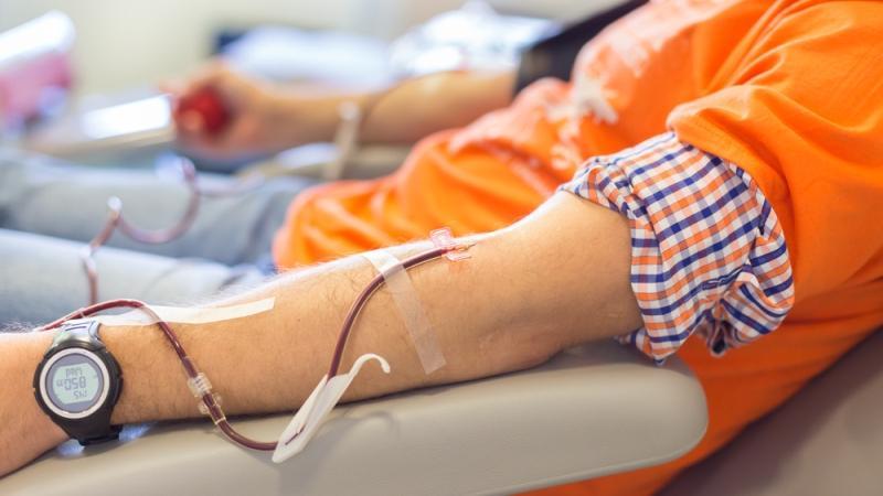 Переливание крови – один из путей передачи заболевания