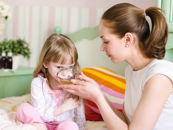 стрептококк в горле у ребенка комаровский