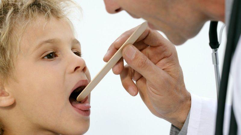 стрептококк в горле у ребенка лечение