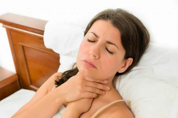 признаки золотистого стафилококка в горле