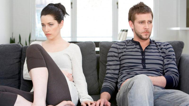 Четыре человека занимаются сексом